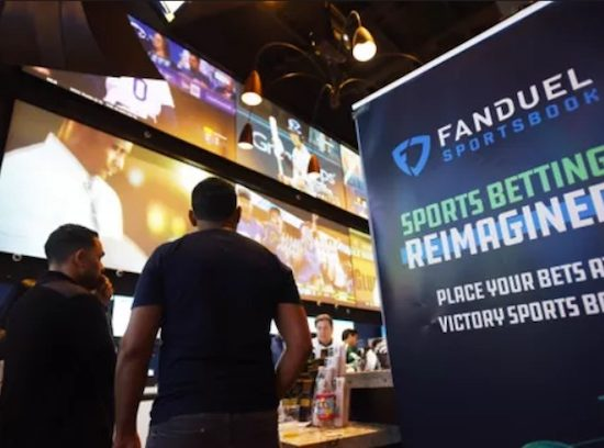 NJ Man Says FanDuel Won't Pay; Company Investigating