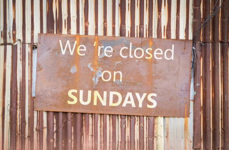 closed on sundays sign