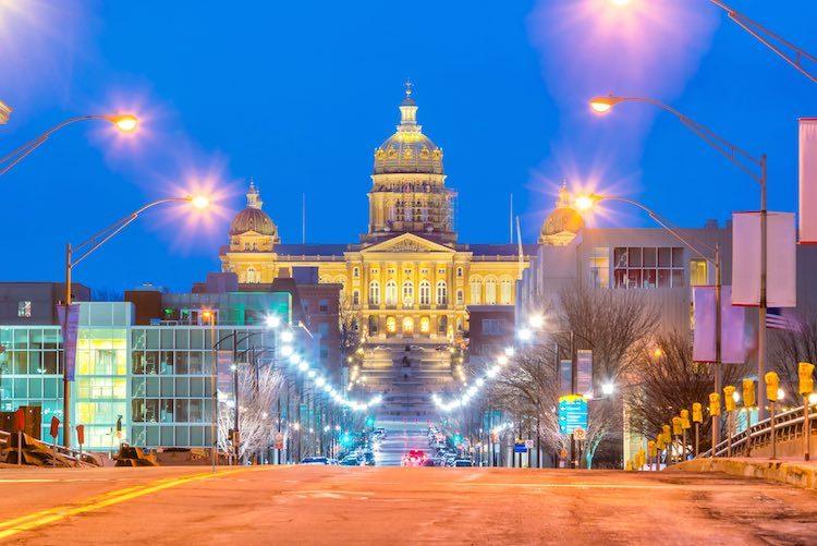 Iowa state capitol building (Shutterstock)