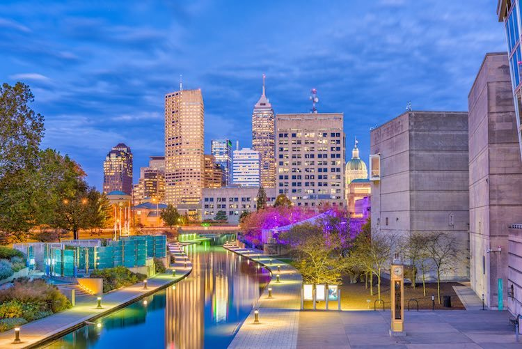 Indianapolis, Indiana, USA skyline on the Canal Walk (Shutterstock)