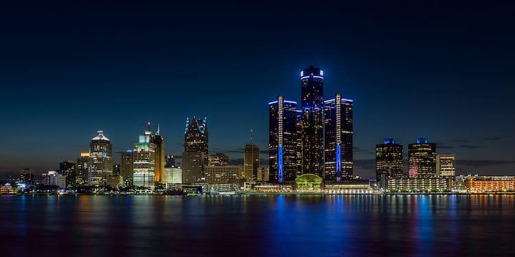 Detroit, Michigan skyline at night shot from Windsor, Ontario (Shutterstock)