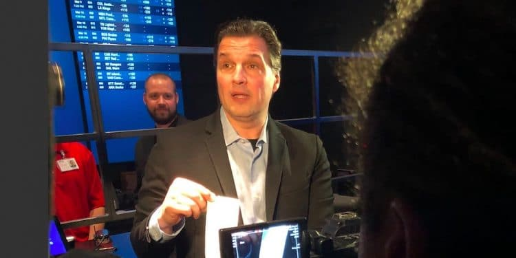 Eddie Olczyk and the first legal sports bet in Illinois