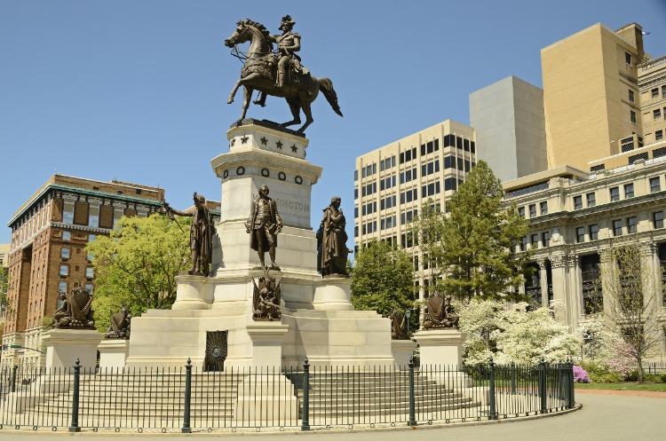 Washington-Statue-Richmond