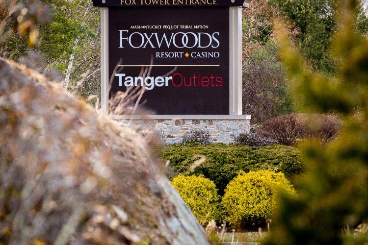 Foxwoods-Resort-Sign