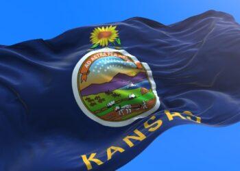 Kansas-Flag-Waving
