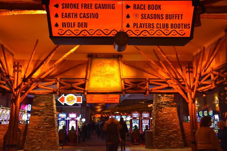 Interior-Mohegan-Sun-Casino