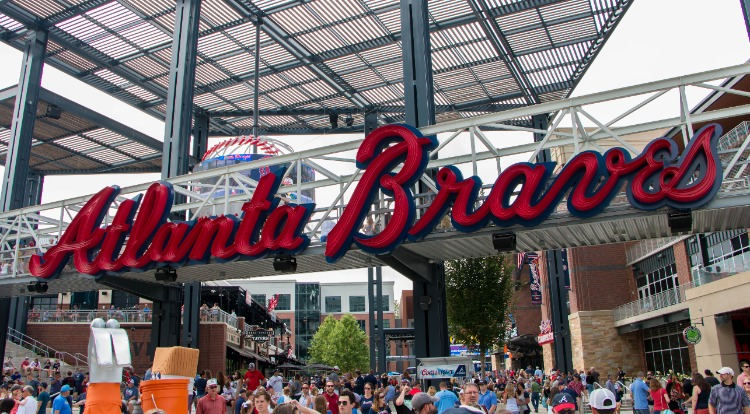 Atlanta-Braves-Sign-Baseball-Field