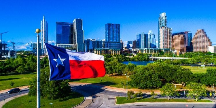 Texas-Flag-Dallas-Skyline