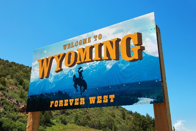 Welcome-to-Wyoming-Sign