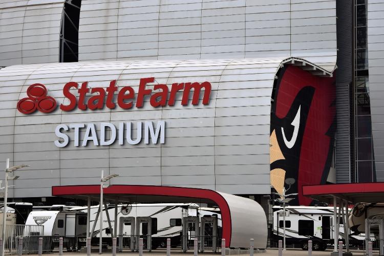 State-Farm-Stadium-Cardinals-Facade