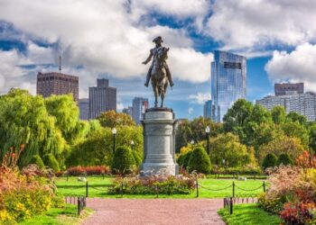 massachusetts statue
