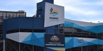Facade-Phoenix-Raceway