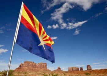Arizona-Flag-Waving-Monuments