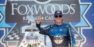 Foxwoods-Casino-Sign-NASCAR